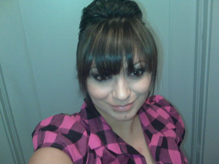 Yadira Pacheco  (Flores)