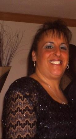 Sandy Peluso  (Zernone)