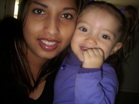 Yesenia Flores  (Rangel)