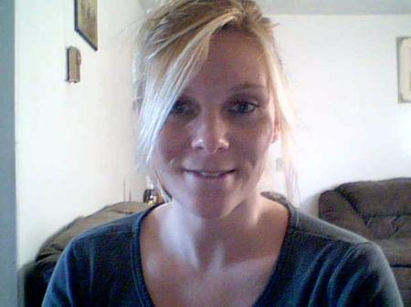 Sarah Rhodes (Lee)