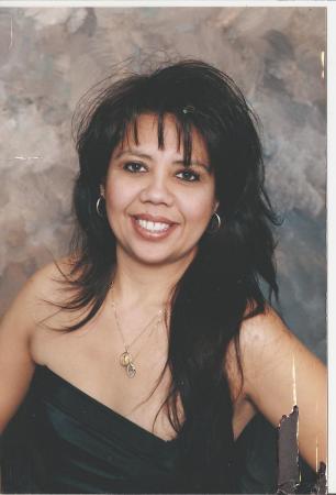 Sylvia Flores (Arredondo)