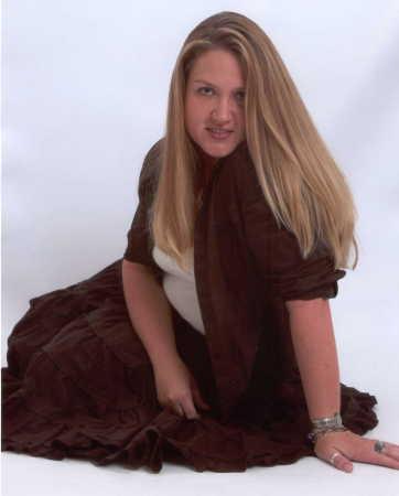 Amber Ustaszewski (Taylor)