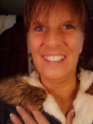 Kim Carr (Strickland)
