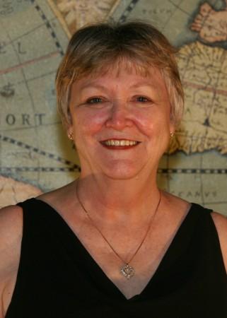 Linda Reynolds (Hackett)