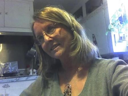 Paula Landua (Adams)