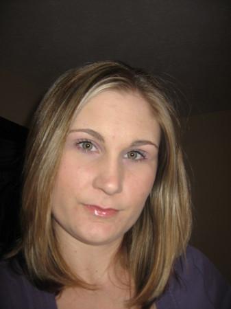 Amber Lavin (Gooding)