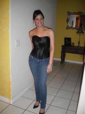 Diana Hernandez (Nieves)
