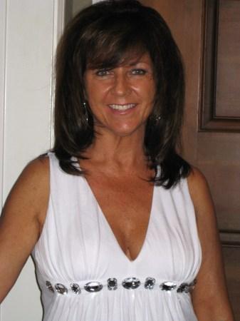 Debbie Maras (Moore)