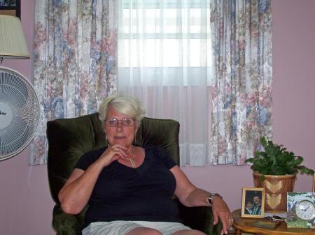Judy Starratt (Robinson)