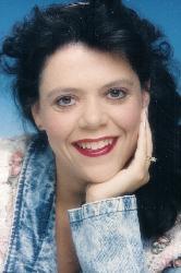 Stephanie Mitchell-Holm  (Mitchell)