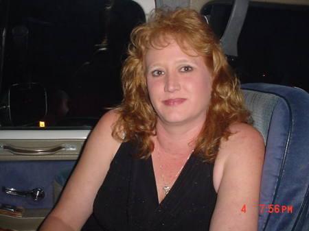 Karen Lewis (Walker)