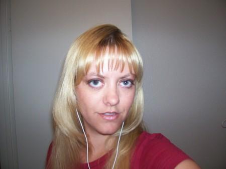 Nicole Shelafoe (Taylor)
