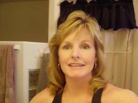Linda Weeks (Ruiz)