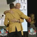 7 inducted into Pro Football Hall of Fame