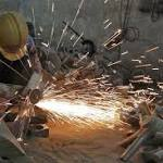 US Manufacturing Weakens in Line With China Factory Slowdown