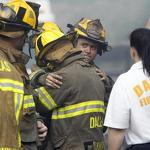 Dallas firefighter dies in 6-alarm blaze
