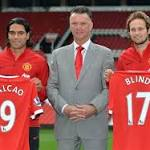 Van Gaal: I decide which players come to Manchester United, not Ed Woodward