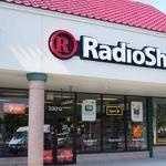 RadioShack posts wider quarterly loss