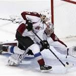 Varlamov stops 54 shots as Avalanche blank Blackhawks 2-0