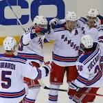 Lundqvist, Rangers leave Flyers at a loss
