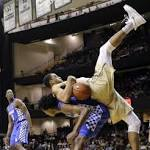 No. 6 Kentucky upends Vandy