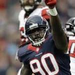 Jadeveon Clowney practices, will start on Sunday