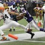 Cleveland Browns defense creates big plays and neutralizes Adrian Peterson in ...