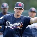 Marksberry, Withrow optioned as Braves' bullpen continues to take shape