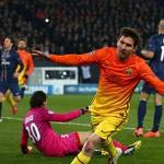 Barca's Messi injures hamstring in 2-2 tie at PSG