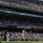 Giants slug 3 home runs, beat Dodgers