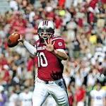 Gamecocks use three quarterbacks in win