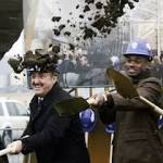 Vikings stadium groundbreaking: Upbeat politicians, downbeat politicos