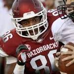 Patriots Select Arkansas TE AJ Derby in Sixth Round