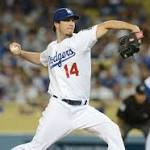 Gonzalez powers Dodgers past Diamondbacks 7-2