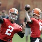 Cleveland Browns: Johnny Manziel throws from in and out of pocket during ...