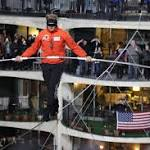 Photos: Nik Wallenda successfully crosses 'Windy City' of Chicago live on ...
