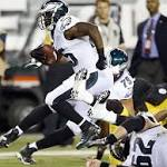 Eagles Notes: McCoy leaves Eagles game with thumb injury