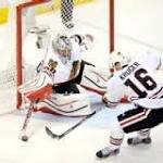 Blackhawks' win sets up double-clutch Game 7 with Kings