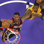 Blazers celebrate division title with 107-77 win over Lakers