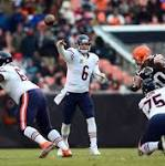 Cutler returns, leads Bears past Browns