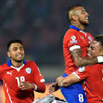 Chile, Mexico share six goals in wild Copa America draw