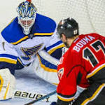 St. Louis Blues' Brian Elliott stays hot, breaks franchise shutouts record vs ...