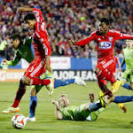 Sounders salvage a tie in playoff opener