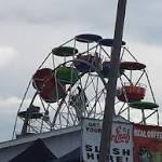 3 hurt in fall from Ferris wheel at county fair