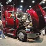 Navistar Falls Most in 3 Months After Loss, Cash-Flow Forecast