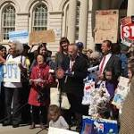 New York City Poised to Adopt Plastic Bag Fee to Curb Street Litter and Waterway Pollution