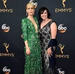 Sarah Paulson and Marcia Clark pal around on Emmys red carpet