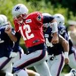 With Tom Brady taking part, Patriots go through the motions