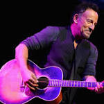 Springsteen Goes Acoustic, Louis C.K. Gets Filthy at 'Stand Up for Heroes'