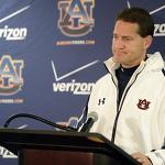 Former coach Gene Chizik defends himself, Auburn against various allegations